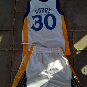 #30 Curry jersey and shorts
